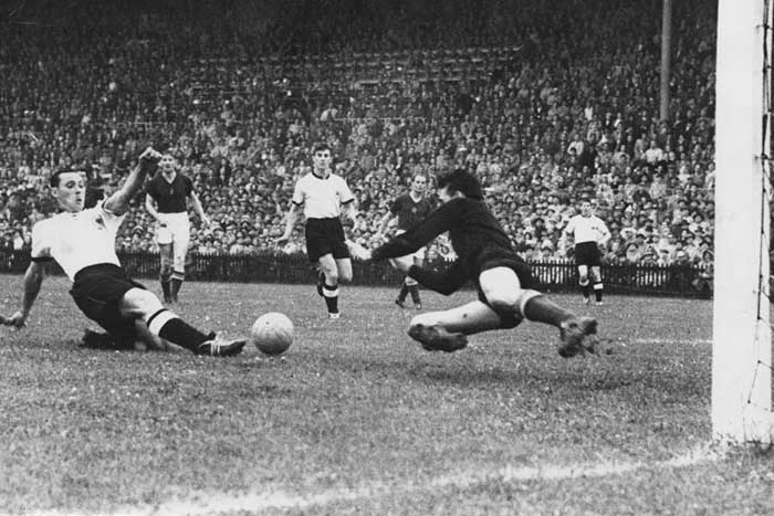 04.07.1954 West Germany - Hungary 3:2. Maximilian Morlock 10 min 1:2