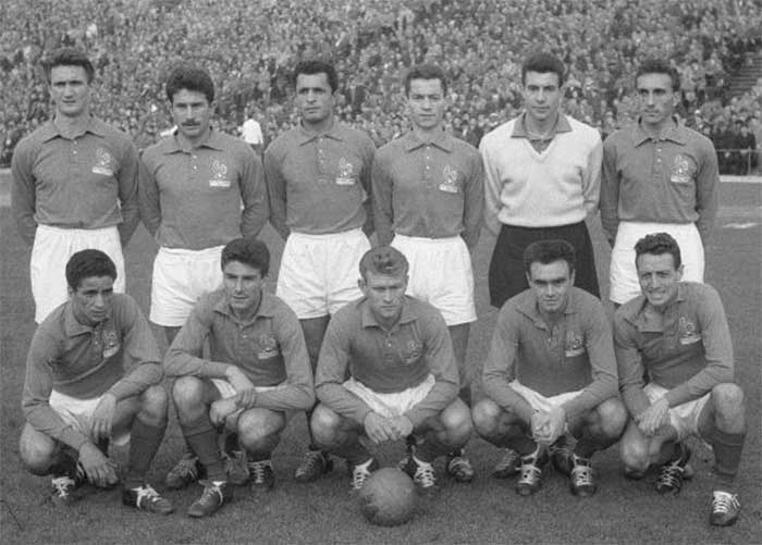 11.11.1956 Франция - Бельгия. French national team. Back row: Kaelbel, Oliver, Zitouni, Penverne, Abbes, Lerond. Front row:  Brahimi, Marcel, Bruey, Leblond, Vincent