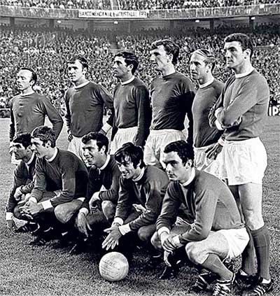 15.05.1968 Real Madrid - Manchester United 3:3. Manchester United players. Back row: Nobby Stiles, Pat Crerand, S. Brennan, Alex Stepney, Bobby Charlton and Bill Foulkes. Front row: Tony Dunne, Brian Kidd, David Sadler, George Best and John Aston