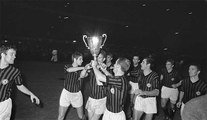 23.05.1968. AC Milan - HSV Hamburg 2:0. After match