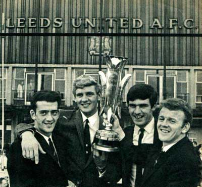 Terry Hibbitt, Gary Sprake, Peter Lorimer and Billy Bremner display the Inter-Cities Fairs Cup.
