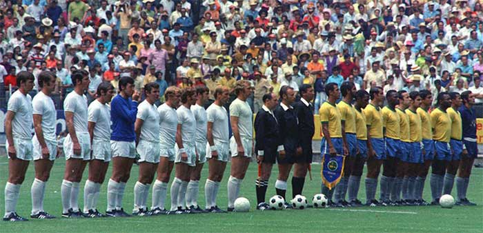 07.06.1970 Brazil - England 1:0. Two teams and referees