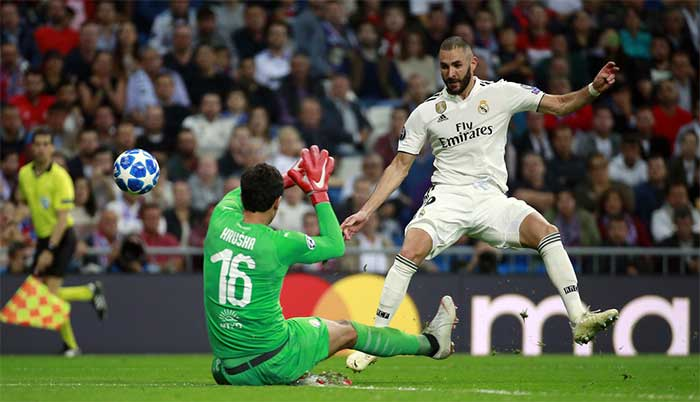 24.10.2018. Real Madrid - Viktoria Plzen 2:1. Karim Benzema of Real Madrid shoots