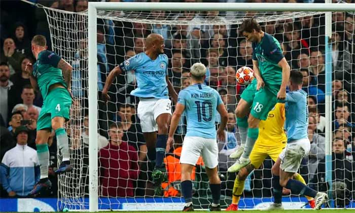 17.04.2019 Manchester City - Tottenham Hotspur 4:3. Sergio Aguero slams in Manchester City`s fourth goal